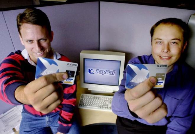 Peter Thiel và Elon Musk thời còn trẻ.