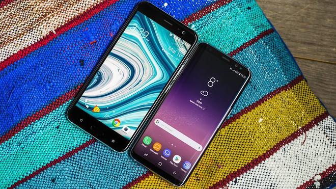 Ngay cả so sánh cấu hình giữa 2 sản phẩm cùng một hệ điều hành cũng chỉ có thể chấp nhận được khi bạn biết rõ Google, HTC, Samsung... đã thực hiện tùy biến cái gì trong hệ điều hành, trong phần cứng.