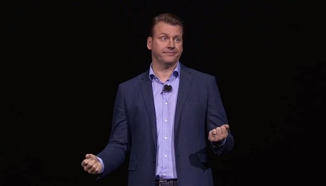 Một vài người đã phải vỗ tay khi lãnh đạo Samsung nói: Các bạn biết Note8 còn có thứ gì nữa không? Jack cắm tai nghe. Tôi nói vậy thôi.