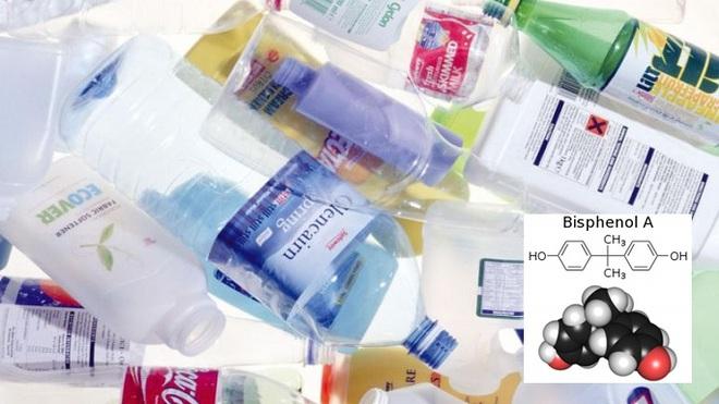 Các nhà khoa học tìm ra cách loại bỏ BPA, chất hóa học độc hại thường có trong đồ nhựa