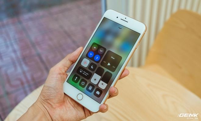 iOS 11 khiến cho hiệu năng iPhone 8 Plus không đạt được như mong đợi