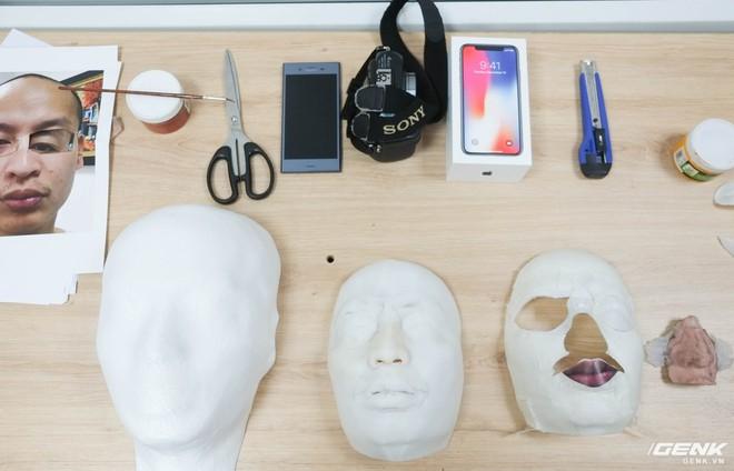 Những khuôn mặt được in 3D, các chi tiết nhỏ sẽ được đính lên đây, tạo thành khuôn mặt thật.