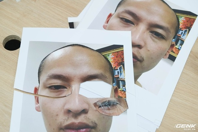 Khuôn mặt của chủ nhân chiếc iPhone X. Các bộ phận được cắt riêng ra và in riêng, để có được các chi tiết tỉ mỉ nhất có thể.