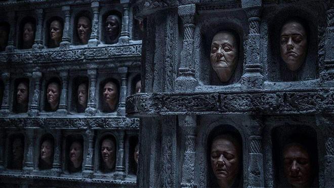 [Vui] Cô bé Arya trong Game of Thrones có thể mở khóa bất kì chiếc iPhone X nào trên đất Westeros - Ảnh 3.