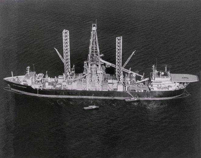 Trên giấy tờ, con tàu khổng lồ này mang theo mình sứ mệnh khai phá ngành công nghiệp mới