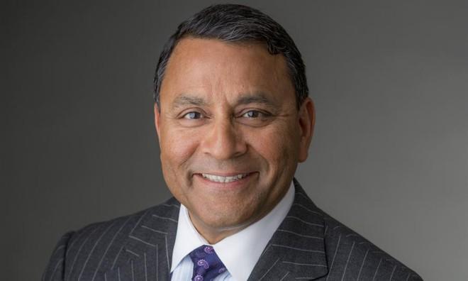 CEO Dinesh Paliwal của Harman Internaltional
