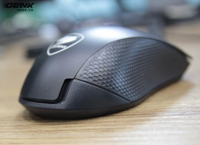 Kích thước của chuột khá phù hợp với cỡ tay của người châu Á