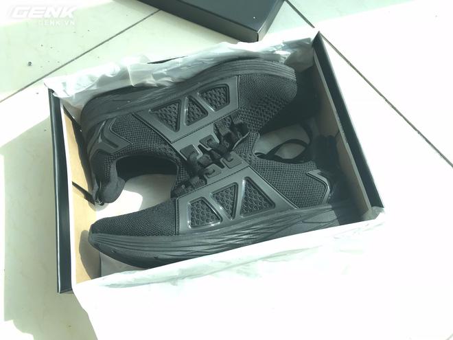 Đánh giá chi tiết 1 trong 100 đôi Bitis Hunter X Midnight Black đầu tiên: đế giống Nike đến lạ, chất lượng tốt, giá chưa đến 1 triệu - Ảnh 11.