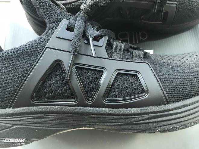 Đánh giá chi tiết 1 trong 100 đôi Bitis Hunter X Midnight Black đầu tiên: đế giống Nike đến lạ, chất lượng tốt, giá chưa đến 1 triệu - Ảnh 17.