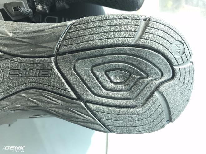 Đánh giá chi tiết 1 trong 100 đôi Bitis Hunter X Midnight Black đầu tiên: đế giống Nike đến lạ, chất lượng tốt, giá chưa đến 1 triệu - Ảnh 23.