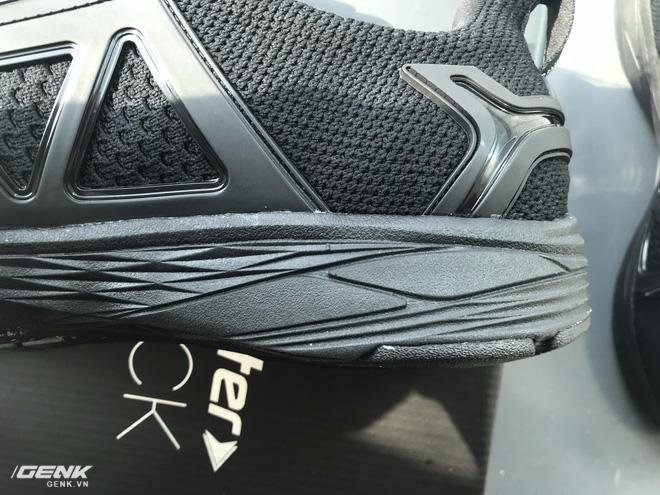 Đánh giá chi tiết 1 trong 100 đôi Bitis Hunter X Midnight Black đầu tiên: đế giống Nike đến lạ, chất lượng tốt, giá chưa đến 1 triệu - Ảnh 21.