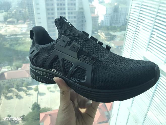 Đánh giá chi tiết 1 trong 100 đôi Bitis Hunter X Midnight Black đầu tiên: đế giống Nike đến lạ, chất lượng tốt, giá chưa đến 1 triệu - Ảnh 33.