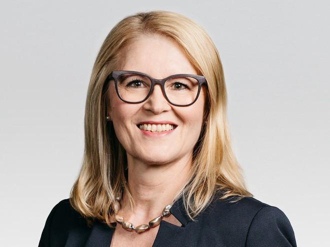 Cựu COO Nokia Monika Maurer