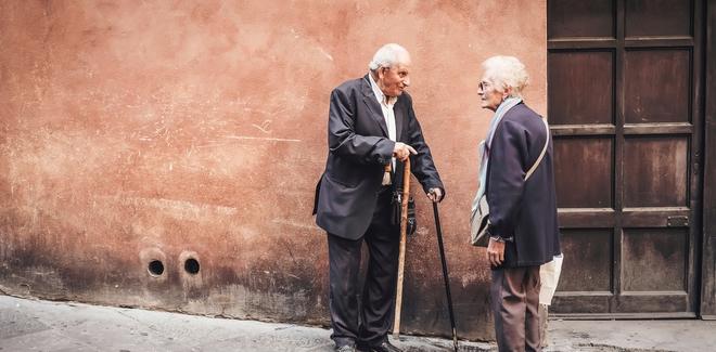 Nghiên cứu mới cho thấy tuổi thọ con người tiếp tục tăng mà không có giới hạn