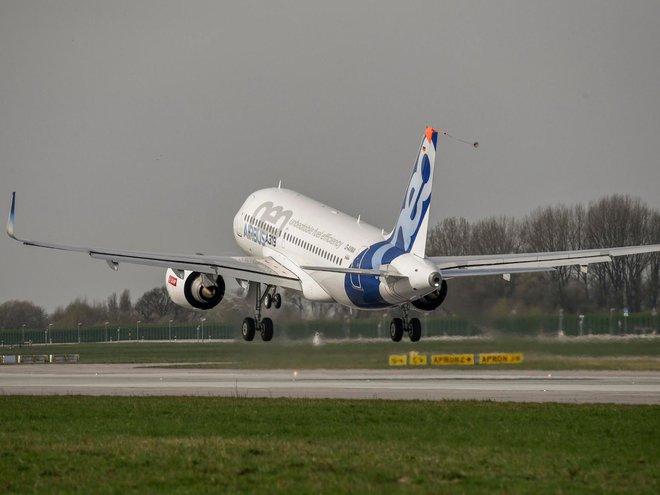 Chuyến bay đầu tiên của chiếc Airbus ACJ319neo