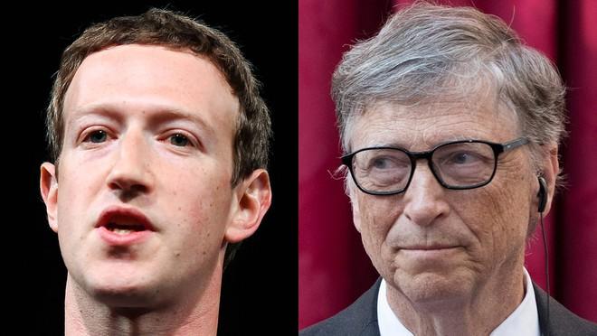 Bill Gates và Mark Zuckerberg với những lời khuyên của mình dành cho các tân cử nhân - và nếu ngẫm nghĩ kĩ thì chúng không hề bọc đường chút nào.