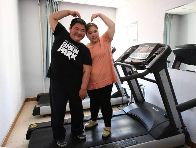 Để giảm cân, Lin Yue và Deng Yang đã rất tích cực tập luyện