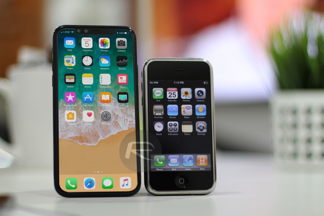 iPhone X Black với iPhone 2G