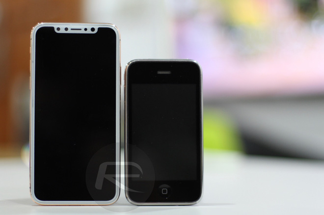 iPhone X Blush Gold với iPhone 3G/3Gs