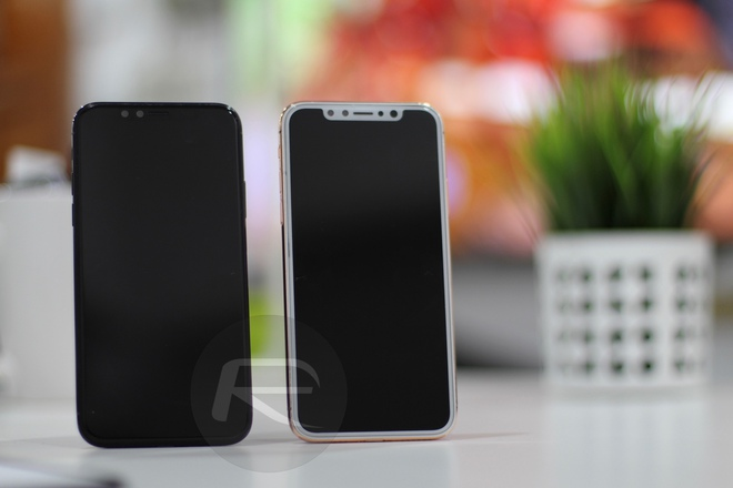 iPhone X Black với iPhone X Blush Gold