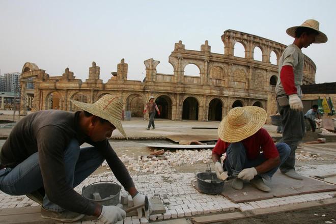 Những công trình nổi tiếng thế giới bị Trung Quốc photocopy không thương tiếc - Ảnh 9.