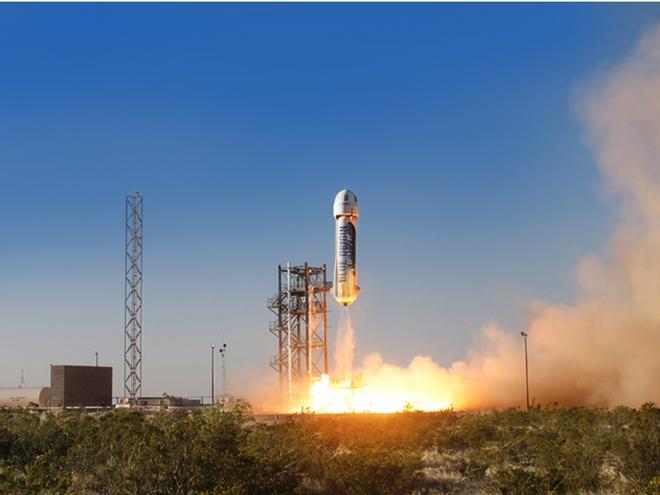Tên lửa của công ty Blue Origin đang được phóng.