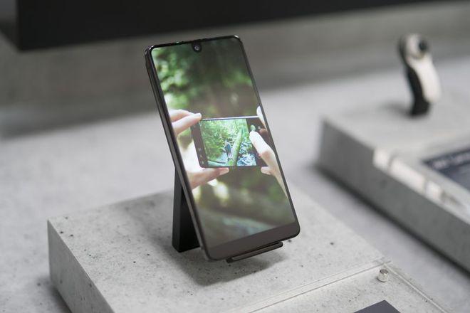 Essential Phone. Photographer: Mark Gurman/Bloomberg