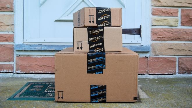 Lợi dụng lỗ hổng trong chính sách đổi trả, cặp đôi người Mỹ đã đánh cắp số hàng hóa trị giá 1 triệu USD của Amazon - Ảnh 1.