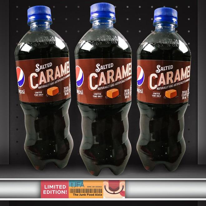 Pepsi mới có thêm vị caramel mặn giá 2,6 USD/chai, bị chuyên gia ẩm thực chê vì không có gì đặc sắc - Ảnh 2.