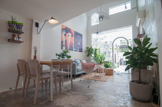 Nha Trang House: Nhà cấp 4 như phòng trọ sinh viên bỗng biến thành tổ ấm lứa đôi nhờ cải tạo kiến trúc - Ảnh 10.