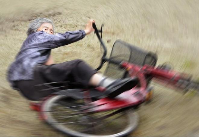 Cụ bà 89 tuổi người Nhật khiến cả thế giới phát sốt với bộ sưu tập ảnh tự chụp cực kỳ hài hước - Ảnh 2.