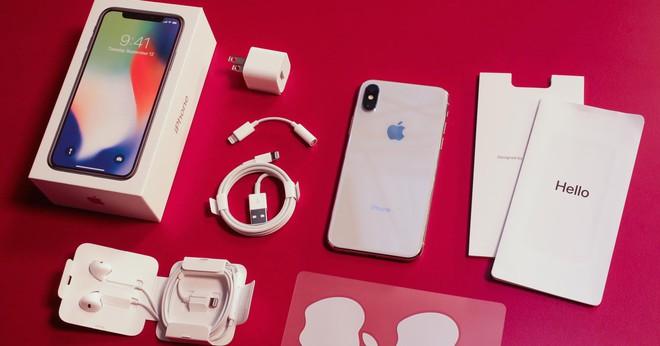 Apple điều tra lỗi iPhone X liệt cảm ứng khi trời lạnh, một đối tác khốn đốn, mất ngay 30% giá trị thị trường - Ảnh 1.