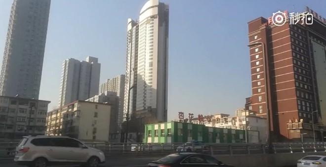 Trung Quốc: Không chỉ Boeing 747, một tòa nhà chọc trời đang xây dở cũng được mang lên Taobao bán đấu giá - Ảnh 1.