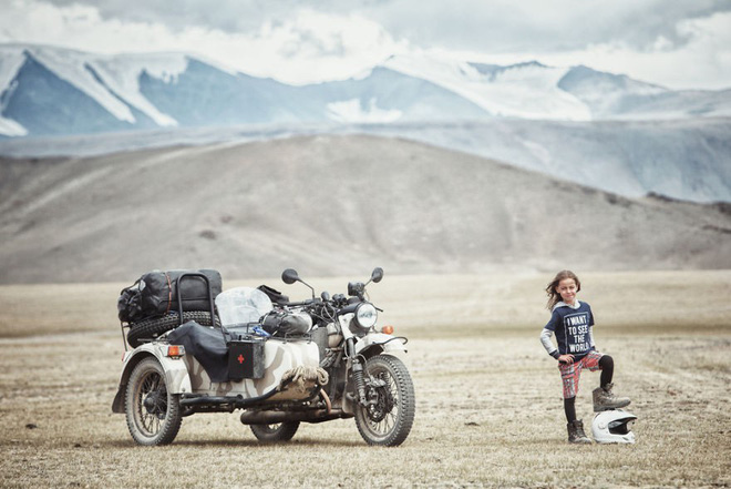 Bộ ảnh du lịch gia đình tuyệt đẹp: Đưa con trai 6 tuổi đi 26.000km qua 12 quốc gia bằng mô tô ba bánh - Ảnh 13.