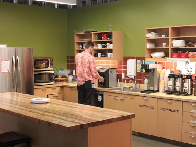 Căn bếp của văn phòng Amazon.com.