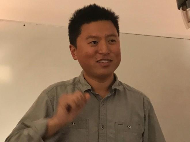 Nhà sáng lập kiêm CTO của Avegant, Ed Tang