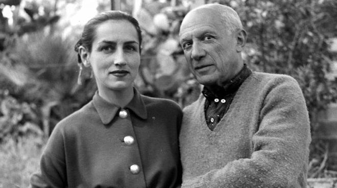 Picasso có rất nhiều người phụ nữ bên đời mình nhưng chẳng ai ông gắn bó quá lâu, toàn bộ thời gian của ông được dành cho việc vẽ tranh.