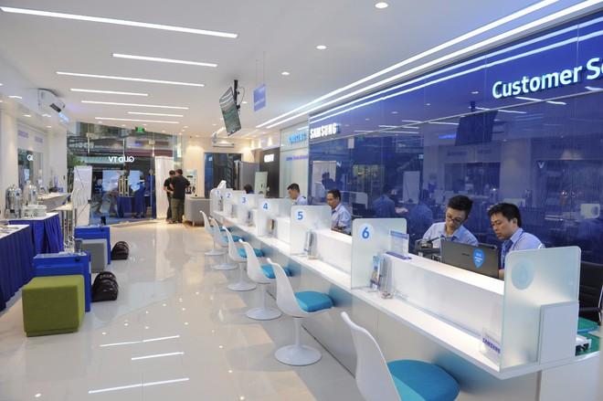 Samsung khai trương Trung tâm Chăm sóc Khách hàng Cao cấp tại Tp. Hồ Chí Minh, đa dạng hóa trải nghiệm cho người dùng - Ảnh 3.