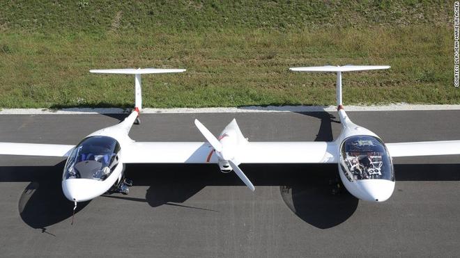 Loại máy bay chạy bằng khí hidro, chỉ phát ra hơi nước.