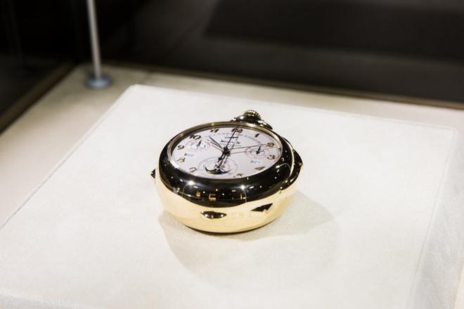 Một số mẫu đồng hồ đặc biệt của Patek Philippe lần đầu tiên xuất hiện tại New York trong triển lãm này. Đây là mẫu đồng hồ Calibre 89 phức tạp nhất thế giới được sản xuất năm 1989.