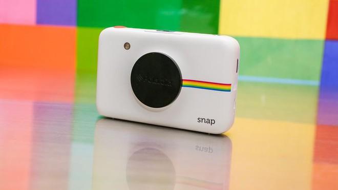 Thực chất, các sản phẩm này dù mang nhãn của Polaroid nhưng không phải do họ phát triển