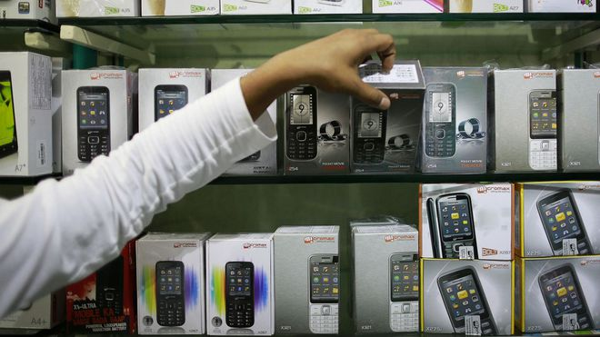 Những chiếc feature phone mang thương hiệu Micromax - công ty có ngân sách tiếp thị lớn nhất so với các thương hiệu nội địa.