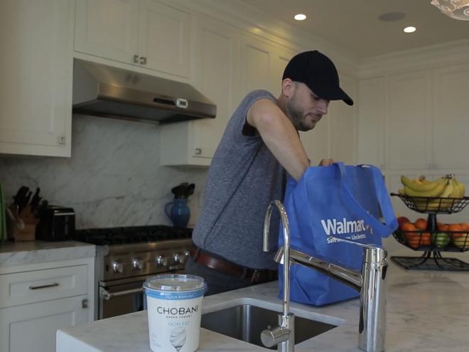 Walmart đã đưa ra dịch vụ giao hàng tạp hoá tận nhà trước