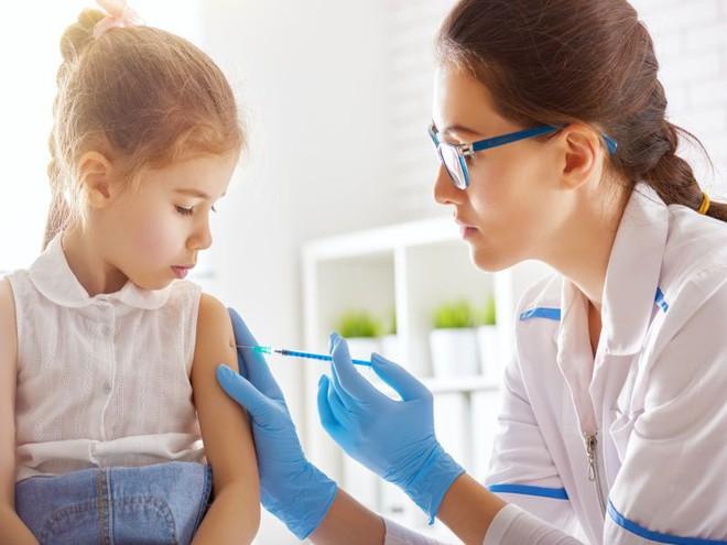 Vũ khí mạnh nhất để thay đổi lập trường của những người chống vắc-xin là tập trung vào lý do tại sao vắc-xin lại quan trọng.