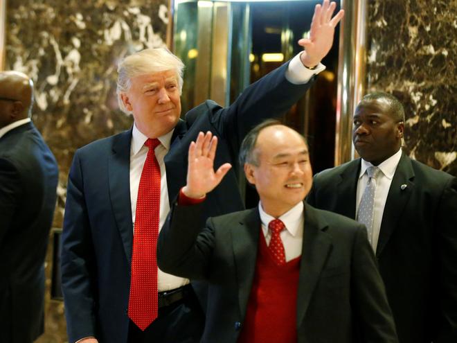 Tổng thống Mỹ Donald Trump và CEO Masayoshi Son của Softbank