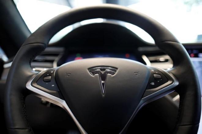 Chính thông tin về Model 3 khiến Tesla bị giới đầu tư đầu dấu hỏi về năng lực sản xuất