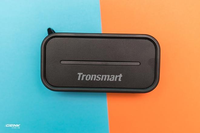 Đánh gia loa di động Tronsmart T2: nhỏ gọn, chống nước, kết nối được 2 loa cùng lúc, giá dưới 1 triệu đồng - Ảnh 1.