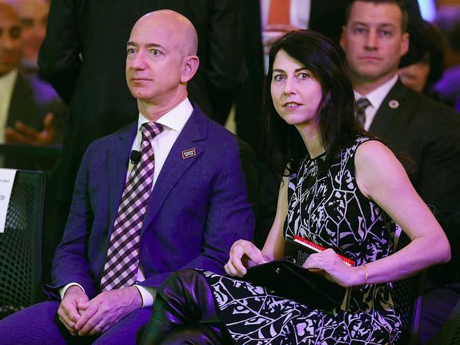 Những tỷ phú, doanh nhân thành công nhất thế giới như Bill Gates, Jeff Bezos giữ gìn hạnh phúc gia đình như thế nào? - Ảnh 3.