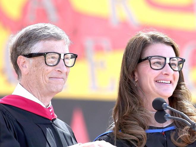 Những tỷ phú, doanh nhân thành công nhất thế giới như Bill Gates, Jeff Bezos giữ gìn hạnh phúc gia đình như thế nào? - Ảnh 1.