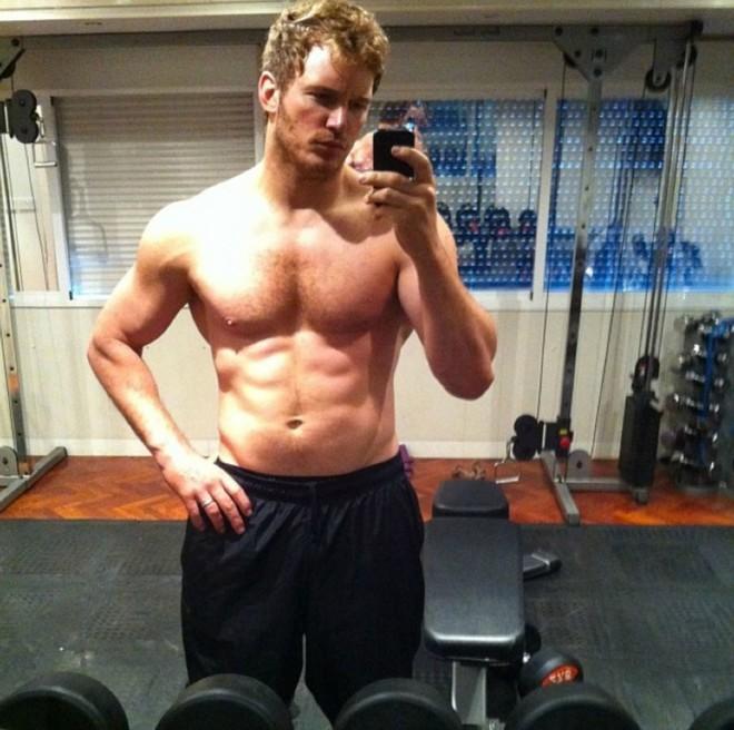 Loạt sao nam chứng minh: Con trai chẳng cần thẩm mỹ, chỉ chăm tập gym là đã lột xác ngoạn mục - Ảnh 25.